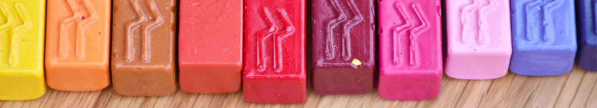 Sealing wax stick, natural and colorful: Made in France by L'Ecritoire